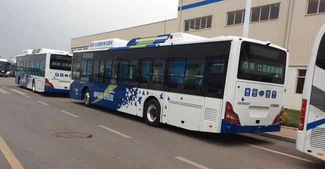 巴士车身广告制作,比亚迪巴士车身广告喷绘厂家