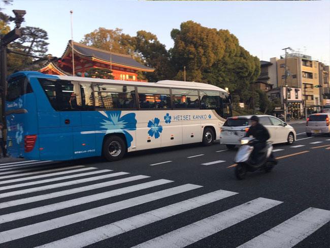 日本旅游巴士车身广告喷绘制作
